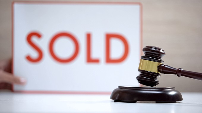 Auction Gavel Sold Sign
