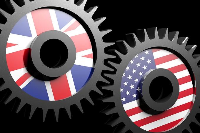 USA and UK Flag Cogs