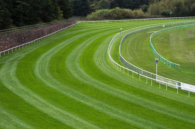 Sharp bend on a racecourse